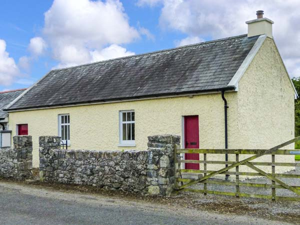 holiday let Lorrha, County Tipperary Court House