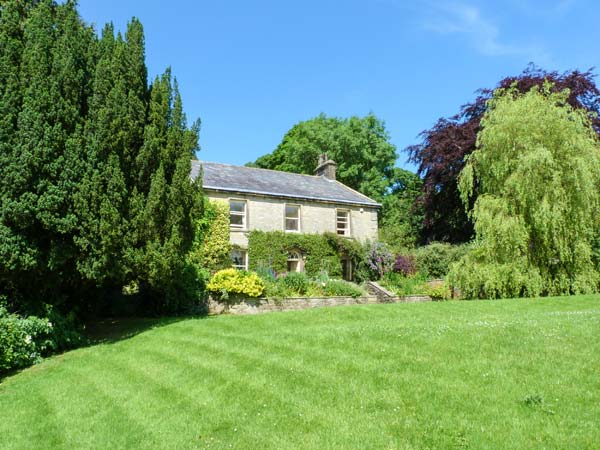 5 bedroom Cottage for rent in Settle