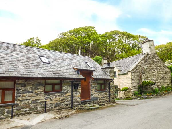 Hendoll Cottage 1