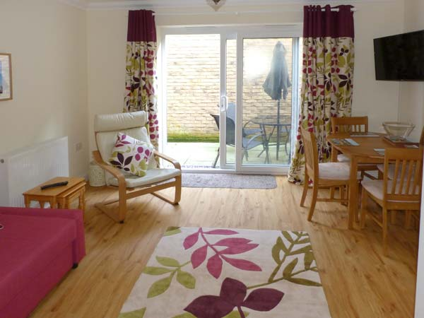 2 bedroom Cottage for rent in Shanklin