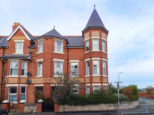 4 bedroom Cottage for rent in Colwyn Bay