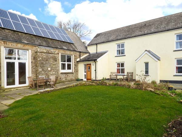 4 bedroom Cottage for rent in Haverfordwest
