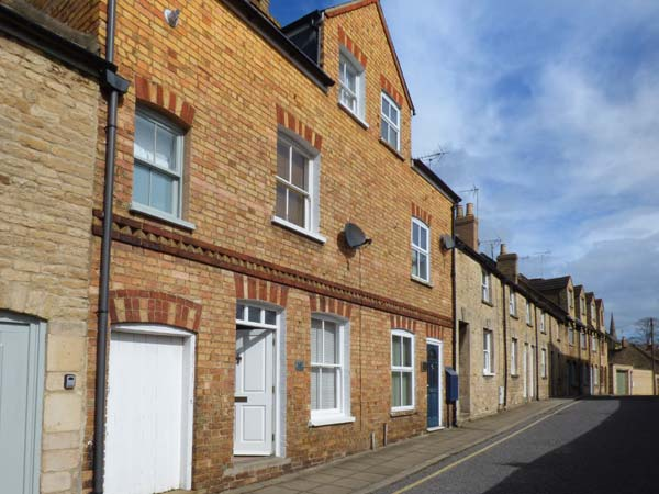 3 bedroom Cottage for rent in Stamford