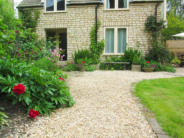 holiday let Wotton-under-edge Mill Cottage