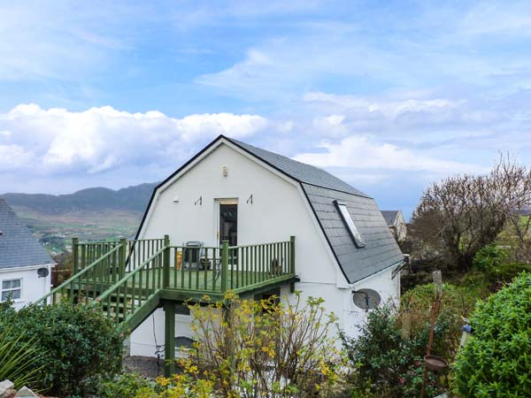holiday let Kilcar, County Donegal Greenhills Cottage 2