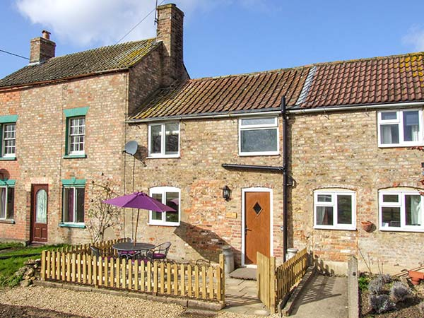 2 bedroom Cottage for rent in Gloucester