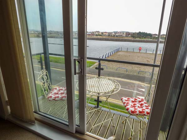 holiday let Llanelli Waterway