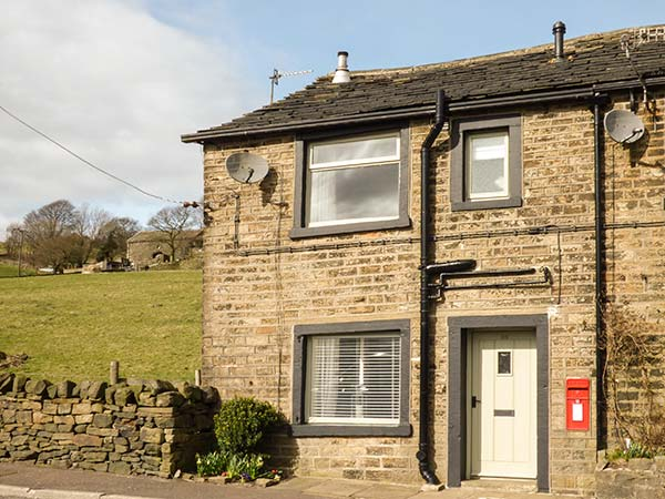 holiday let Ripponden Post Box Cottage