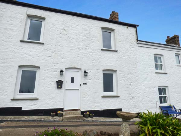 3 bedroom Cottage for rent in Coverack