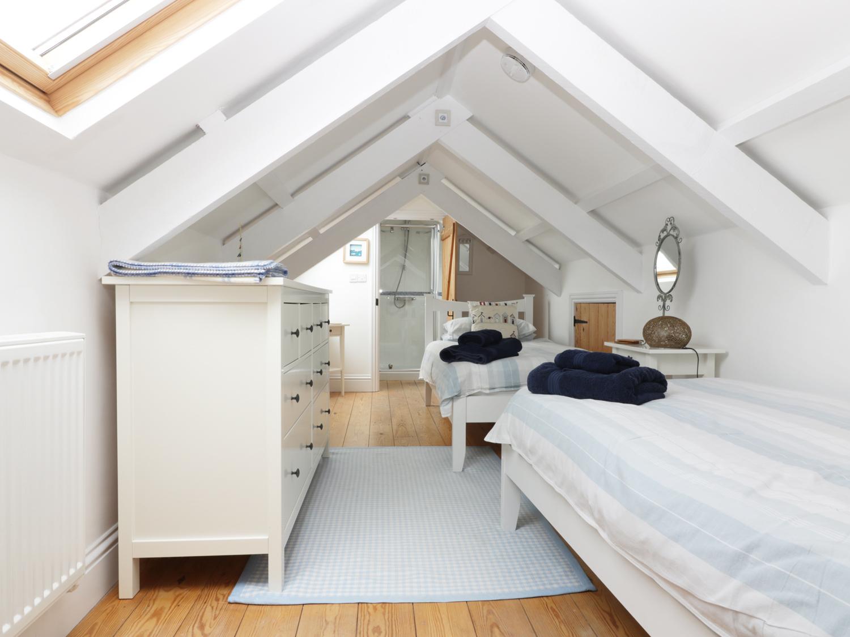 4 Coastguard Cottages