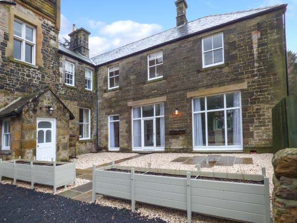 5 bedroom Cottage for rent in Belford