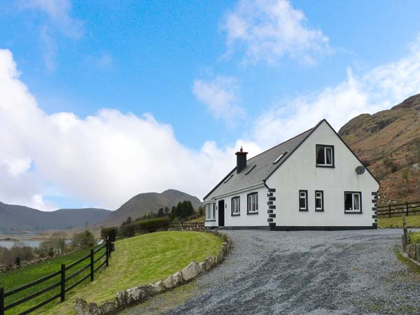 holiday let Clonbur, County Galway Coillmor