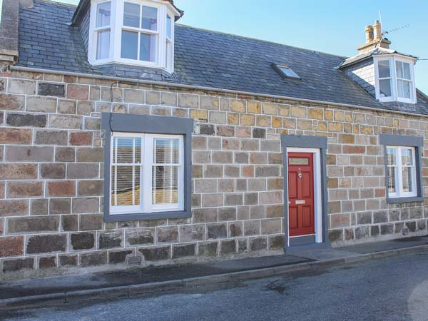 4 bedroom Cottage for rent in Portknockie