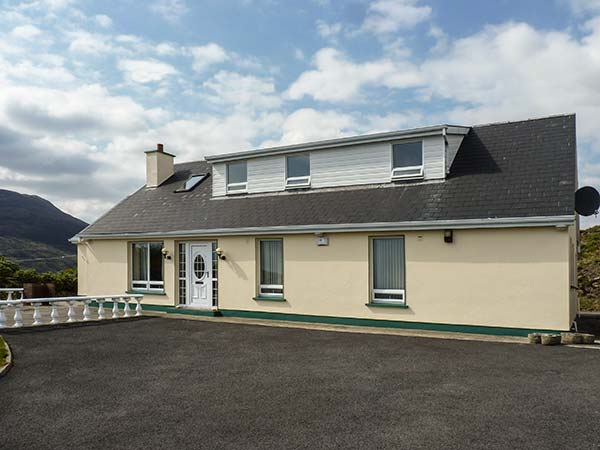 holiday let Carrick, County Donegal Teelin View