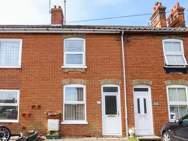 holiday let Leiston Terrace Cottage