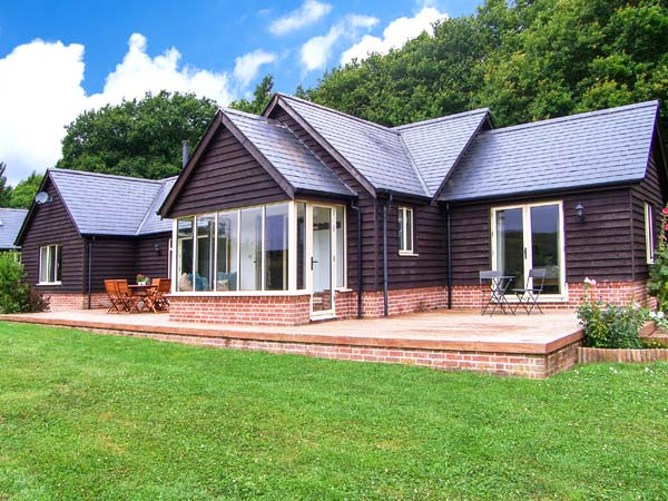 holiday let Bentley Woods Farley Lodge