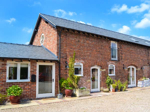 5 bedroom Cottage for rent in Ellesmere