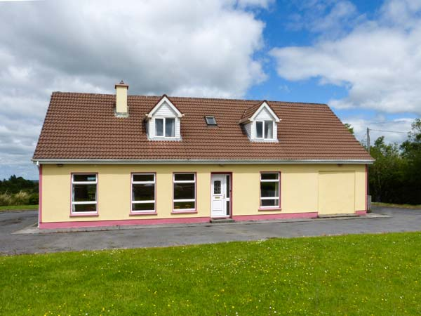 holiday let Connolly, County Clare Abhaile
