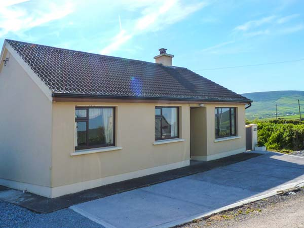 holiday let Ventry, County Kerry An Ghealach