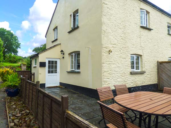 holiday let Holsworthy Court Cottage