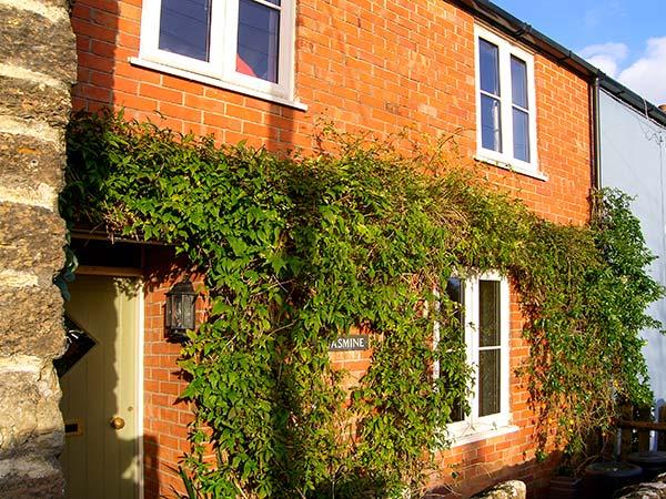 holiday let Bothenhampton Jasmine Cottage