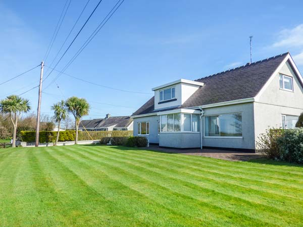 4 bedroom Cottage for rent in Holyhead