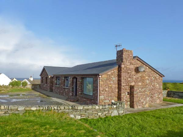 2 bedroom Cottage for rent in Clifden