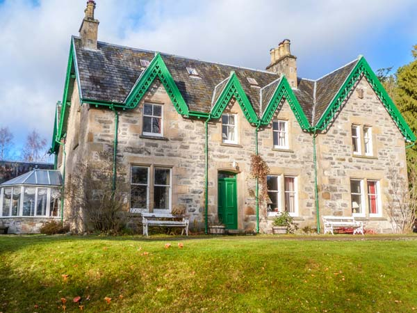 7 bedroom Cottage for rent in Kincraig