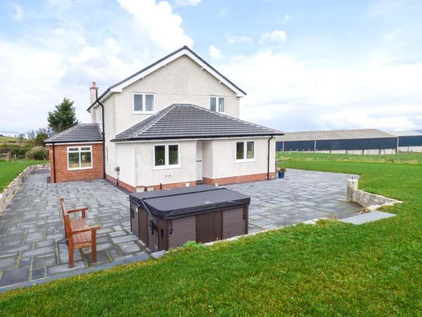4 bedroom Cottage for rent in Llannefydd