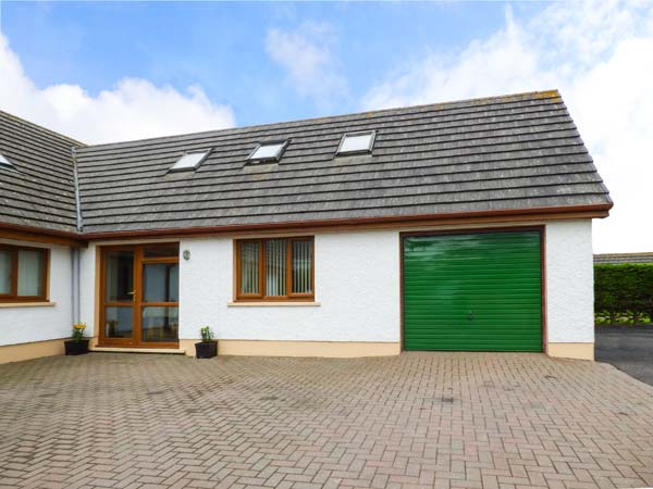 3 bedroom Cottage for rent in Pendine