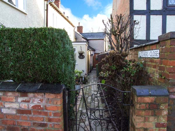 2 bedroom Cottage for rent in Rugby
