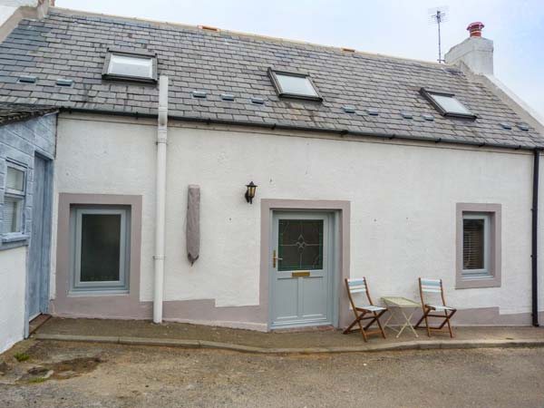 2 bedroom Cottage for rent in Portessie