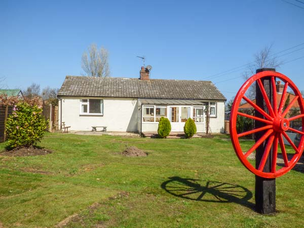 3 bedroom Cottage for rent in Bacton