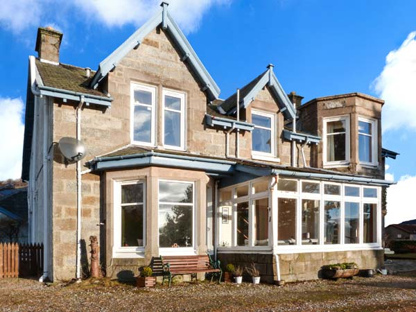 9 bedroom Cottage for rent in Newtonmore