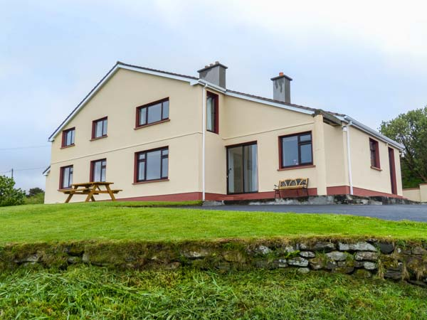 holiday let Tully, County Galway Killary Vista