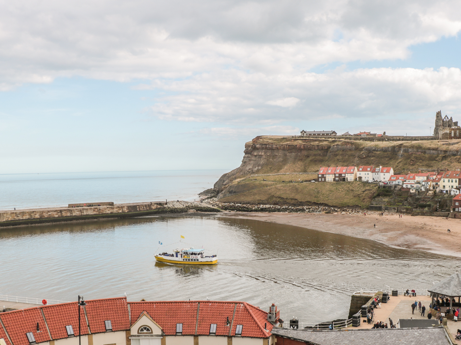 Kittiwake Cottage in WHITBY - This period, semi-detached