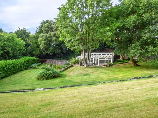 Cedar Gardens in LLANBEDR-DYFFRYN-CLWYD - A detached cottage, set in ...
