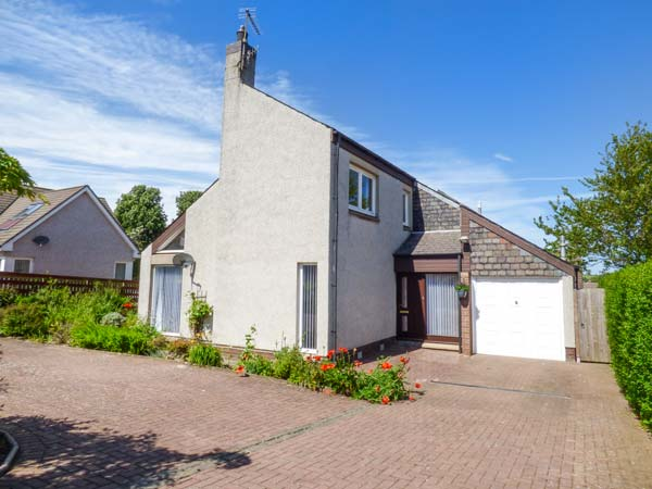 4 bedroom Cottage for rent in Coldingham