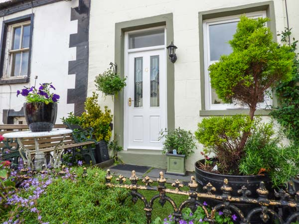 2 bedroom Cottage for rent in Dalton-in-Furness