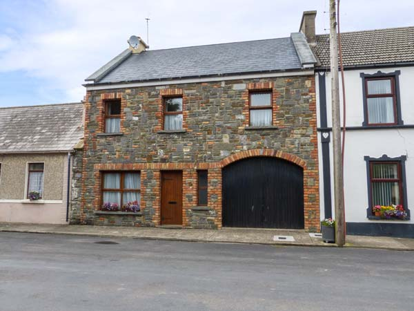 4 bedroom Cottage for rent in Carrigaholt
