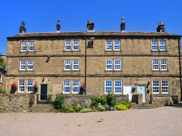 2 bedroom Cottage for rent in Stocksbridge