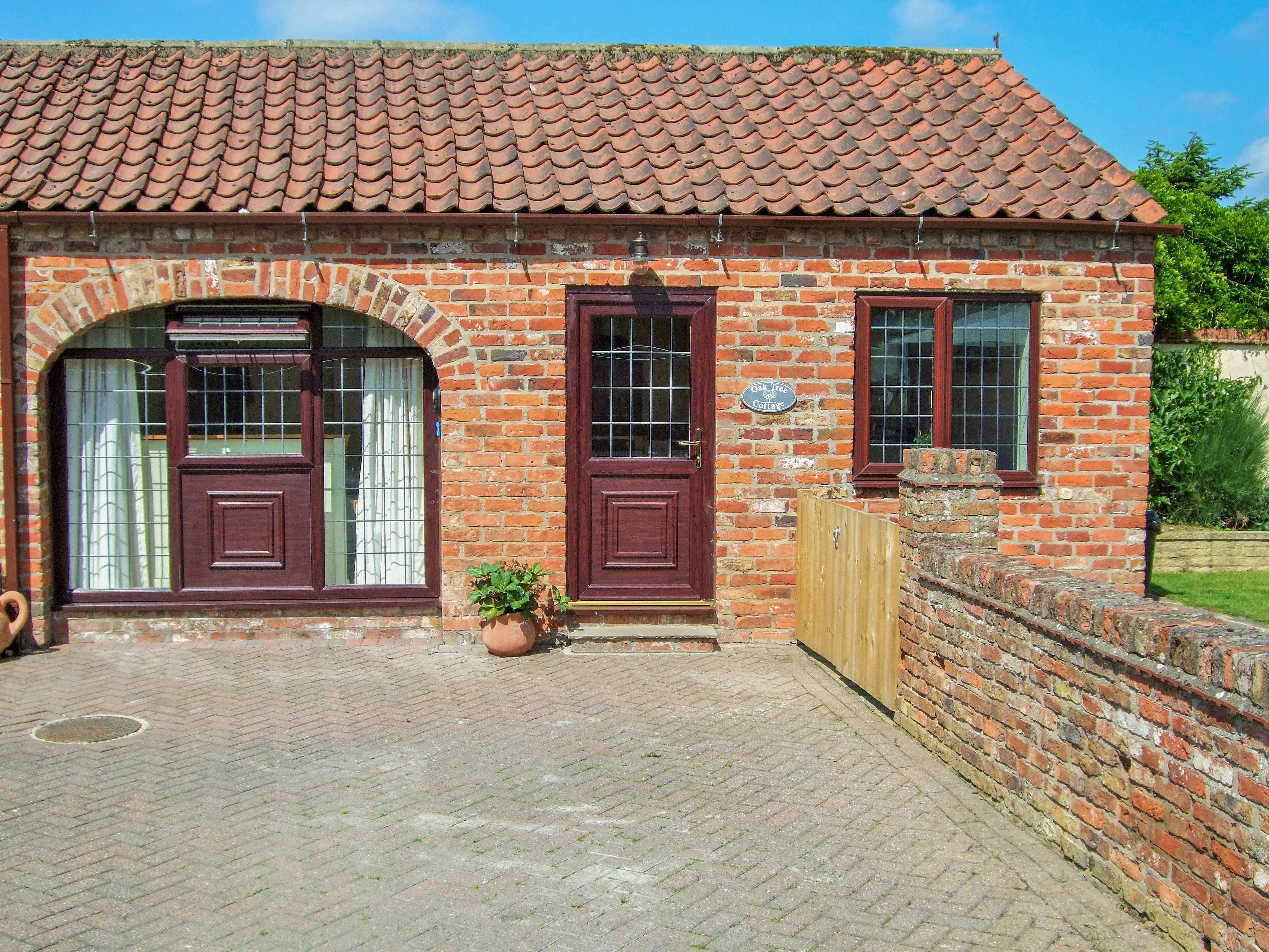 Oak Tree Cottage In Beverley Number 1 Is A Ground Floor