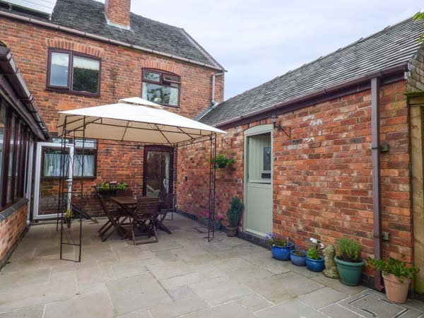 holiday let Overseal Bumble Cottage