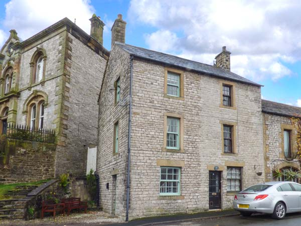 holiday let Tideswell 1A Market Square