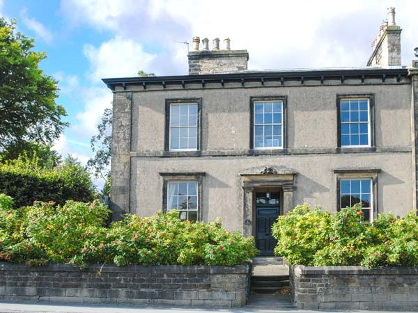 6 bedroom Cottage for rent in Settle