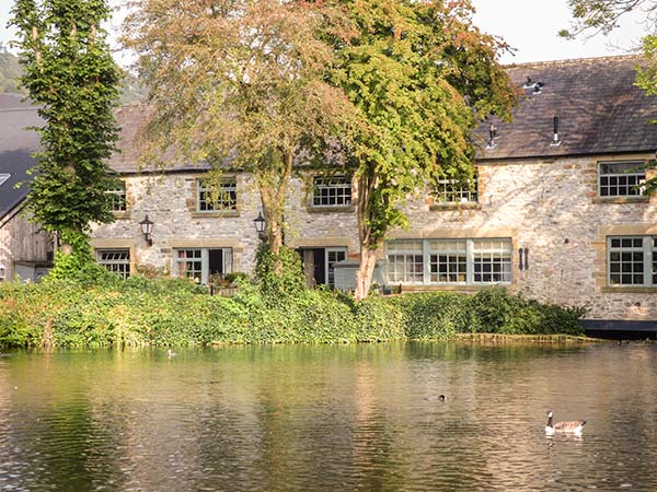 holiday let Bakewell Riverview Mill Retreat