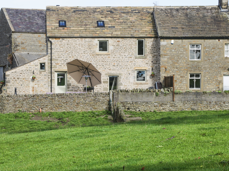 4 bedroom Cottage for rent in Settle
