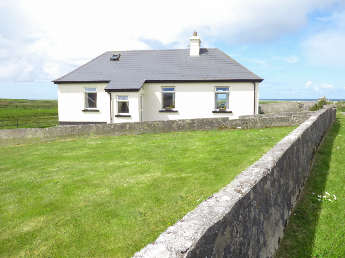 4 bedroom Cottage for rent in Louisburgh