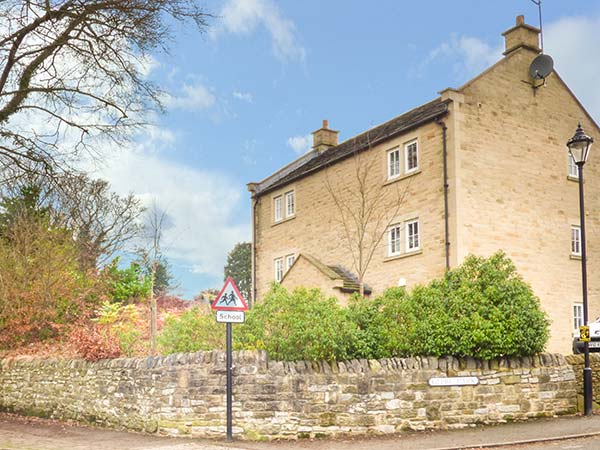 holiday let Eyam Jay's Nest