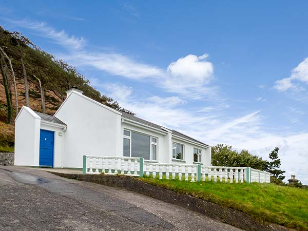 Rossbeigh Beach Cottage No 6